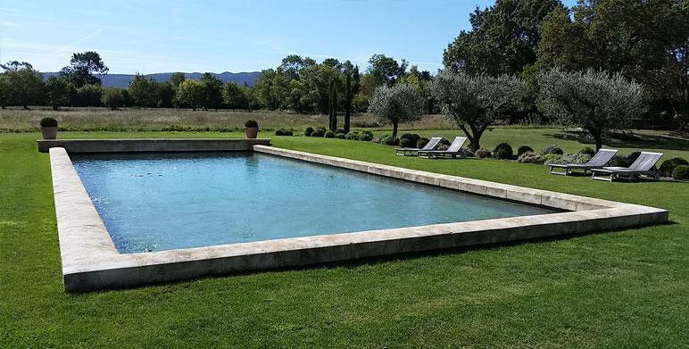 Les alpilles architecte paysagiste thomas gentilini cr ation et am nagement jardin - Piscine bassin exterieur aixen provence ...